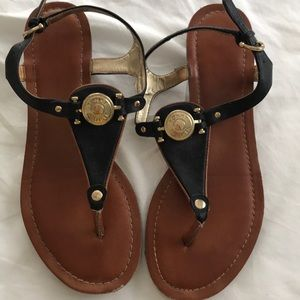 Small wedged sandal